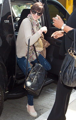 Anne Hathaway Street Style Duffle
