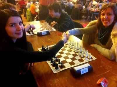 Le combat final entre les deux grands-maîtres Tatiana Koosiuk face à Elena Partac © Chess & Strategy