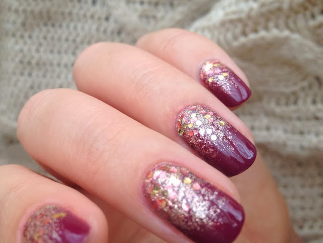 Nail Art Trend Purple Gold