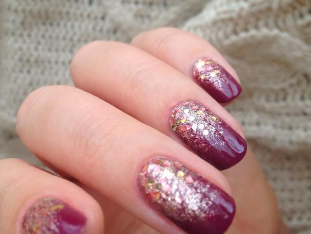 Nail Art Trend Purple Gold