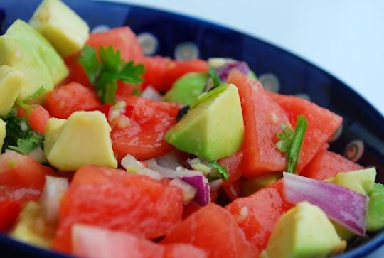 Guacamole  z arbuzem i awokado