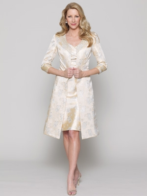 A V Neck Dress With An Line Skirt And Knee Length Coat By Collection 20 Watters Formal Mother Of The Bride