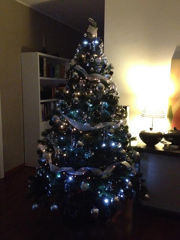 Albero Di Natale Nero.Cortigianerie Albero Di Natale 2011