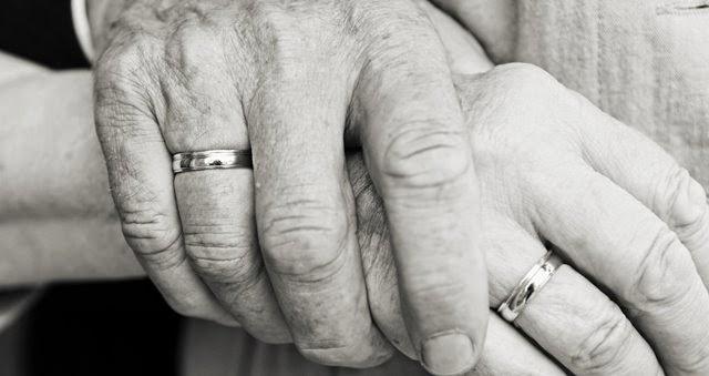 Tips Membina Hubungan Awet & Langgeng