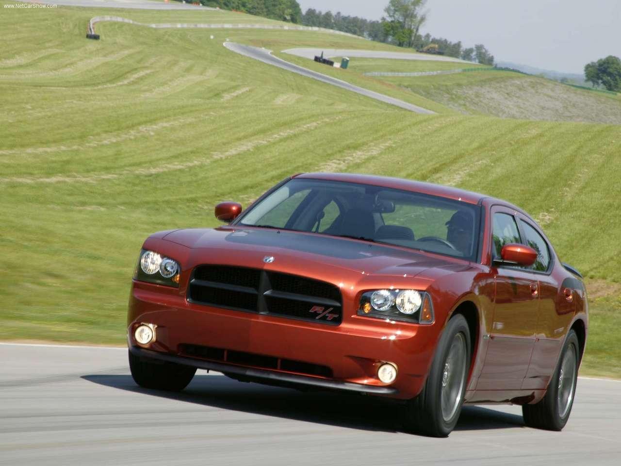 http://1.bp.blogspot.com/-Cpu8TXDFKZY/TXN_ZlN5XVI/AAAAAAAADTs/ihr5THbAQWg/s1600/Dodge-Charger_Daytona_RT_2006_1280x960_wallpaper_03.jpg