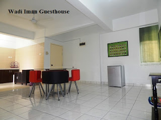 Wadi Iman Guesthouse, dining area, kitchen guesthouse, homestay, Shah Alam