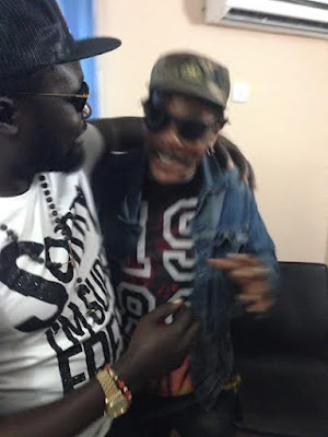 Warri based Billionaire Ayiri Emami visits Majek Fashek in Rehab.