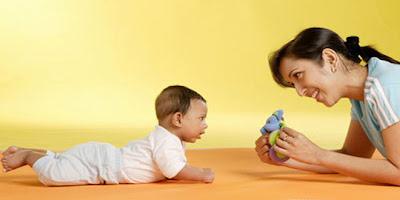 stimulasi kecerdasan bayi
