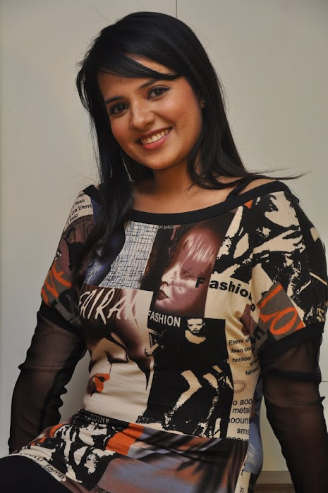 saloni , saloni new latest photos