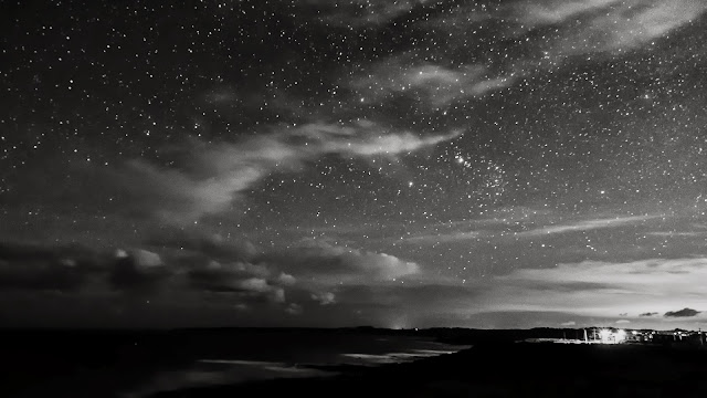 night sky over sunderland bay phillip island