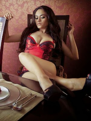 foto seksi model hot sisillia tjoe foto artis model
