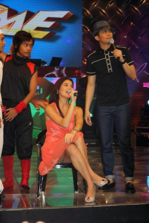 anne curtis upskirt in tv its showtime 01