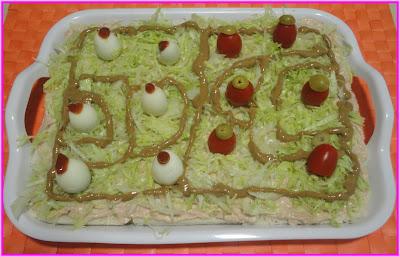 Salada de atum decorada