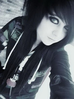 The new emo hairstyles for girl 2011
