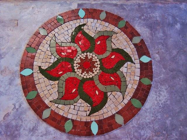 Arte mosaicos mandalas de mosaicos para piso de cimento for Mosaico para piso