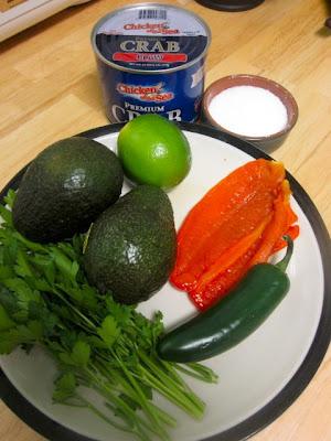 Салат из крабового мяса с авокадо