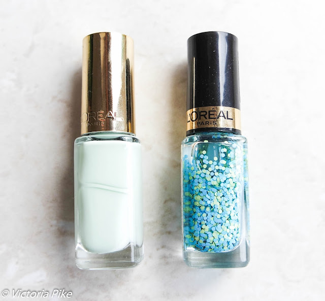 L'oreal Colour Riche nail varnish Pistachio Drage and Oulala blue