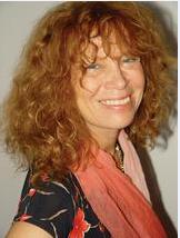 Helga König im Gespräch mit Prof. Dr. Gina Kästele