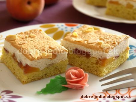 Broskyňový koláč so snehom - recepty