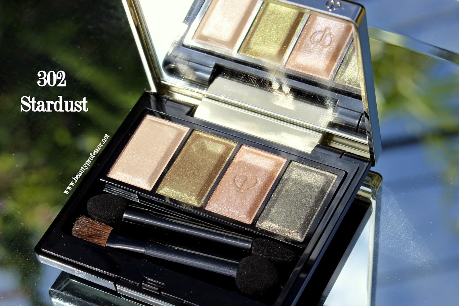 Cle de peau eye color quad 302 stardust swatches