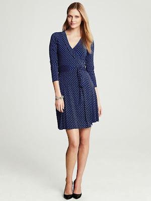 çizgili desenli elbise, mavi elbise, siyah çizgili elbise, v yaka elbise, 2014 elbise modelleri
