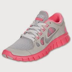 Amazoncom  NIKE Girls Grade School Free Run 5 Running Shoes