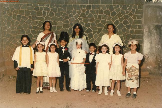 World Amazing Information   Funny Pictures   Interesting FactsKareena Kapoor And Ranbir Kapoor Childhood