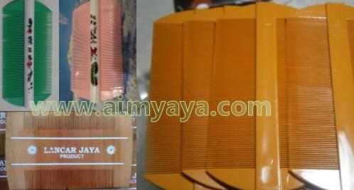 Gambar: Contoh sisir kutu/serit/kerep yang beredar di pasaran