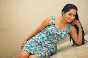Ishika singh latest sizzling pics-thumbnail-8