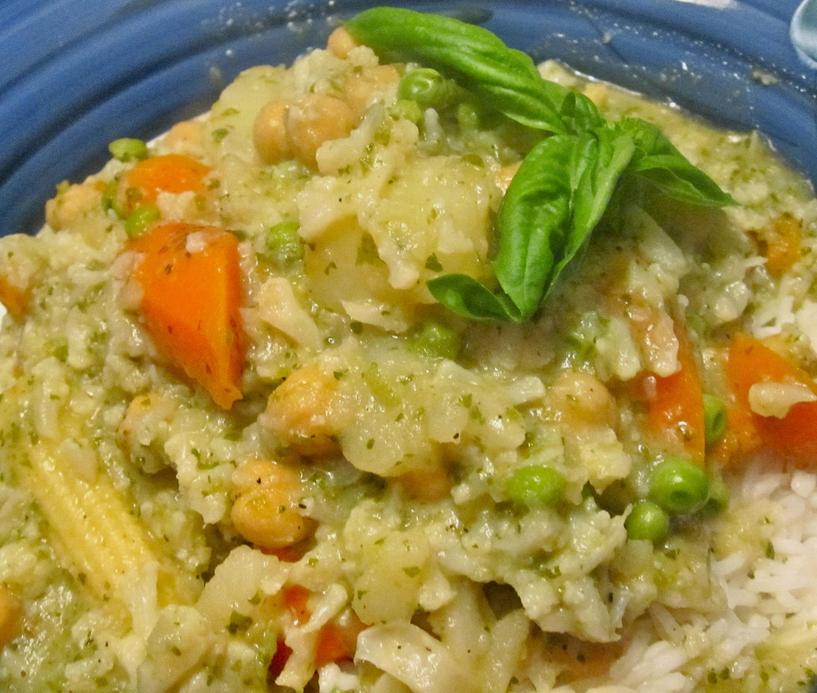 Mystery Lovers' Kitchen: Green Curry