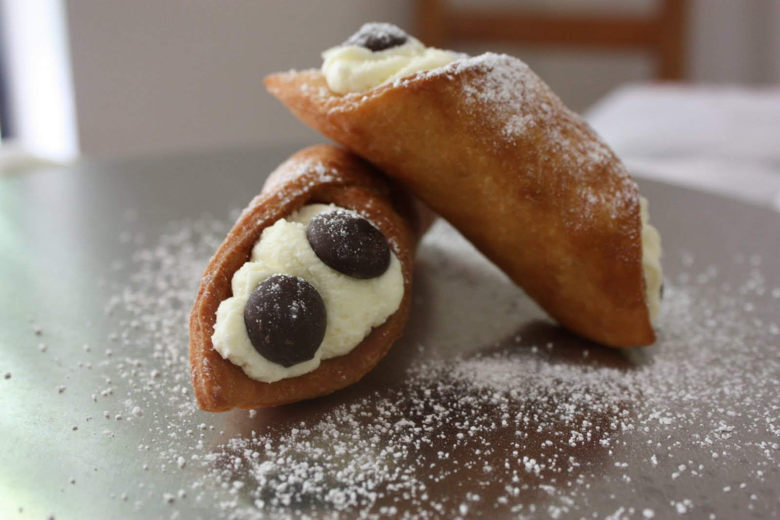 cream mascarpone cream cannolis with mascarpone cream cannoli cream ...