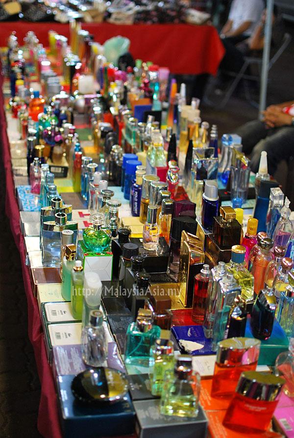 Wakaf Che Yeh Night Market Wakaf Che Yeh in Kelantan