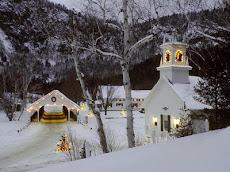Szeretettel köszöntelek Karácsony falumban...