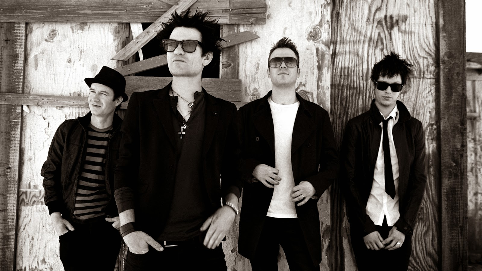 Download Lirik Over My Head Lyrics – Sum 41