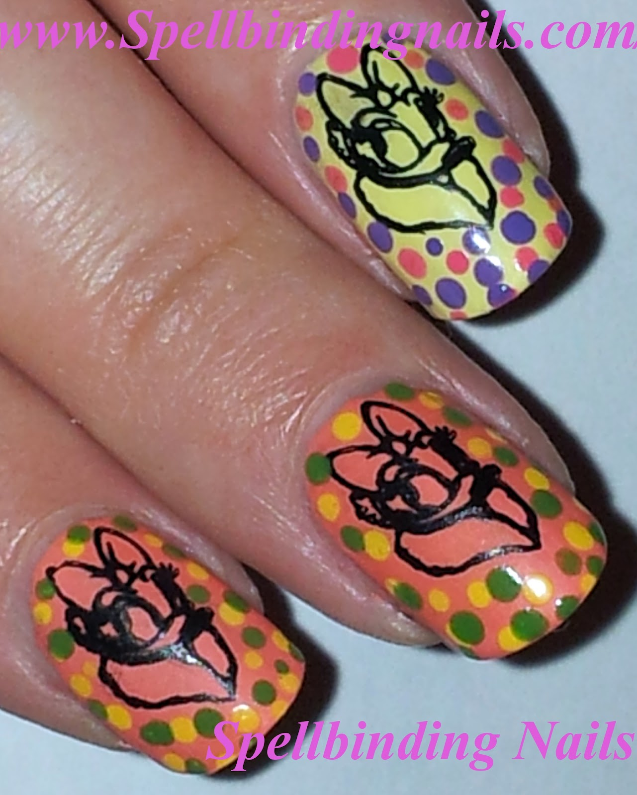 Spellbinding Nails: Fab IV + \' Daisy Duck! \'