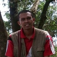 Direktur MEGA-Biro Jasa