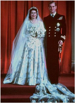 queen elizabeth 2nd wedding dress. queen elizabeth ii wedding