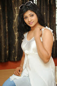 Shweta glam photos stills-thumbnail-20