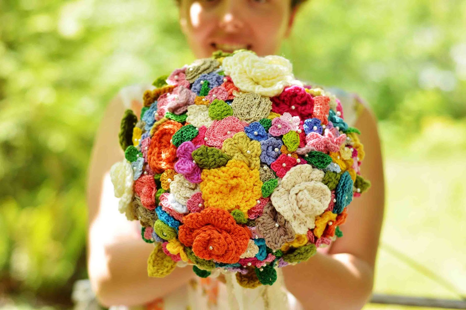 Maize hutton the crocheted flower wedding bouquet the crocheted flower wedding bouquet izmirmasajfo