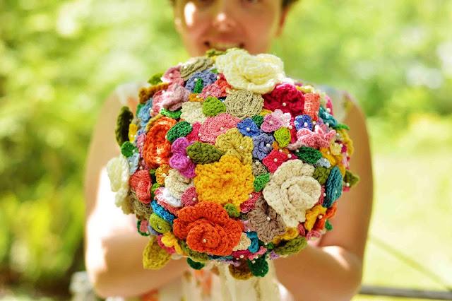 Crochet Flower Bouquet Patterns : Maize Hutton: The Crocheted Flower Wedding Bouquet