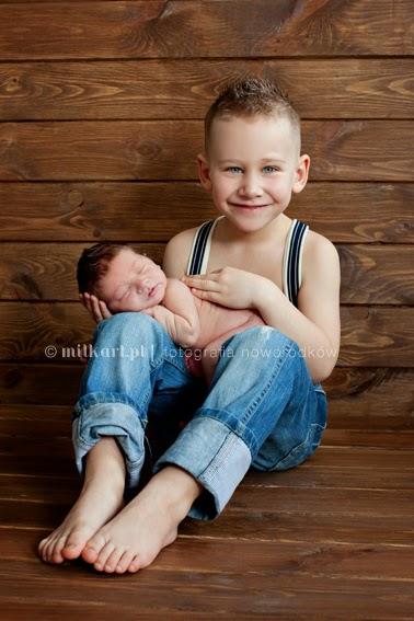 fotografia rodzinna, sesja zdjęciowa noworodka, fotograf noworodkowy, sesje niemowlęca, zdjęcia na chrzciny