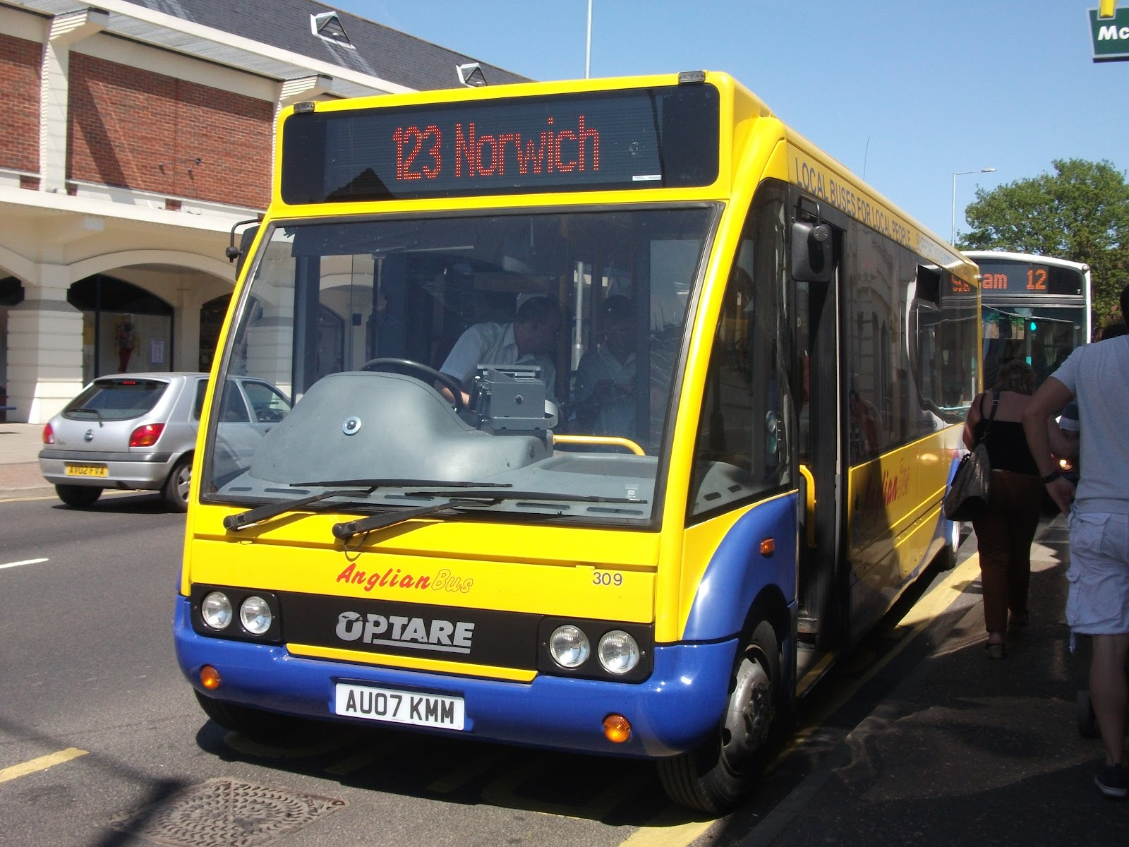 Norwich bus page go ahead says bus division is succesfull for Table 52 go bus