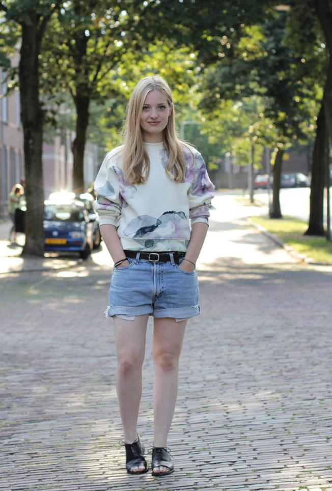 face-book-heritage-mode: Acne bird print sweatshirt