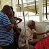 Edward Lowassa Atoa Mkono wa Pole Kwa Wagonjwa Hospitali Ya Kilimanjaro CRCT