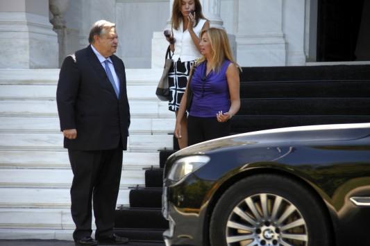 Με τεθωρακισμένη BMW 750.000 ευρώ κυκλοφορεί παράνομα ο Ε.Βενιζέλος!