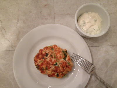 Salmon Burgers With Tarragon-Horseradish Mayonnaise recipe