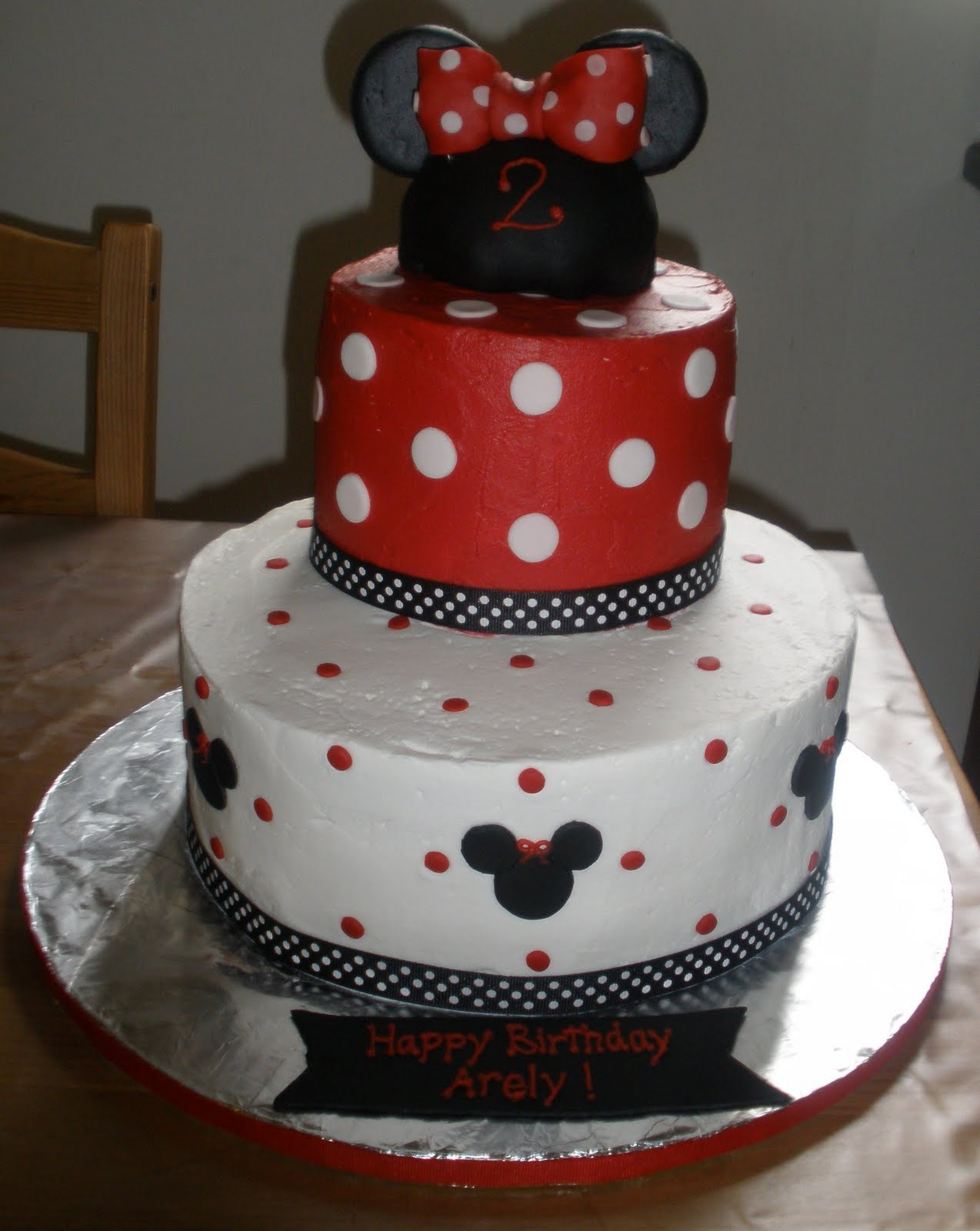 Minnie Mouse Images For Cake : Cakes By Perla: Minnie Mouse Cake