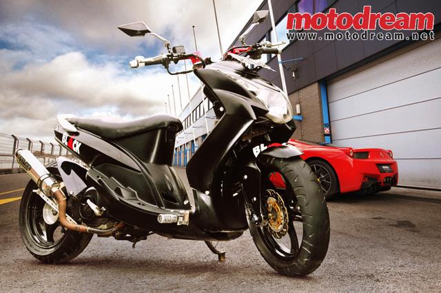 Modifikasi Yamaha Mio Lowrider