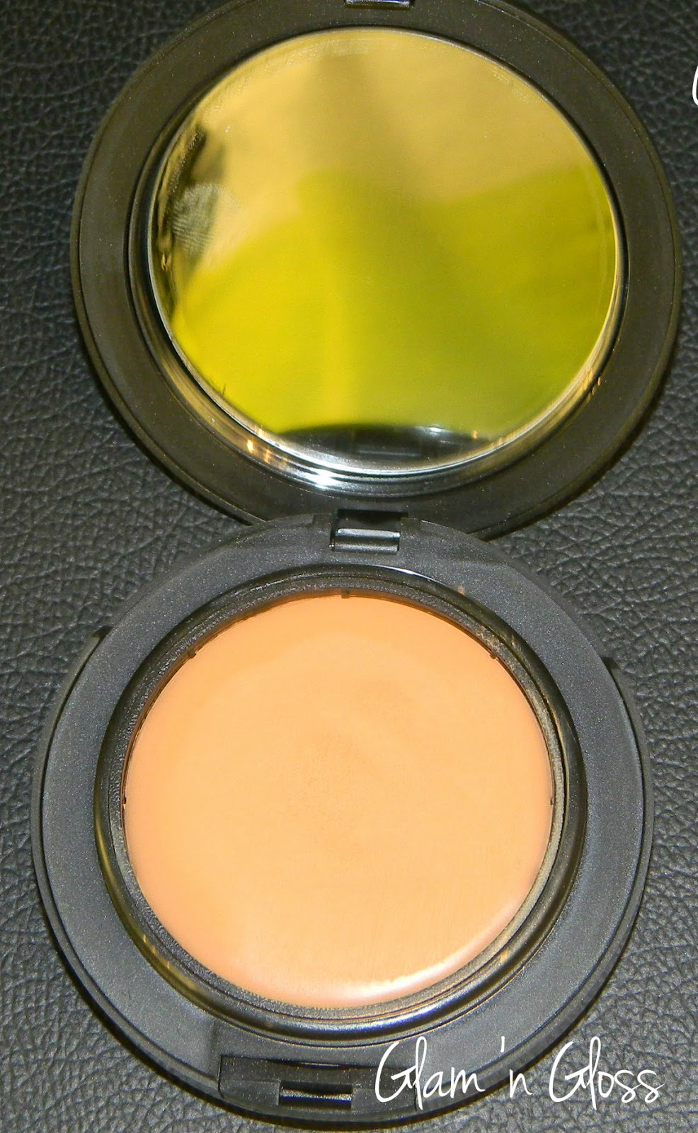 A complete guide to mac foundations glam n gloss mac studio tech foundation nvjuhfo Gallery