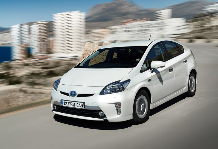 2013 toyota prius plug in hybrid new cars pictures. Black Bedroom Furniture Sets. Home Design Ideas
